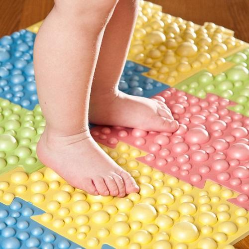 Массажные коврики для лечения плоскостопия у детей